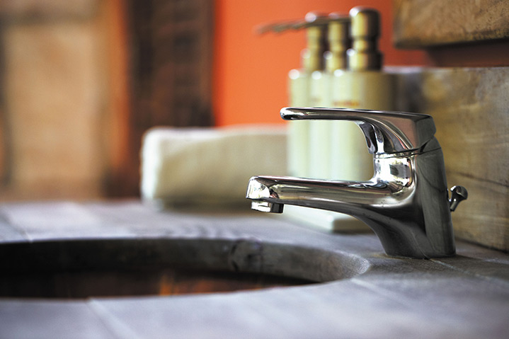 A2B Plumbers are able to fix any leaking taps you may have in Farnborough.